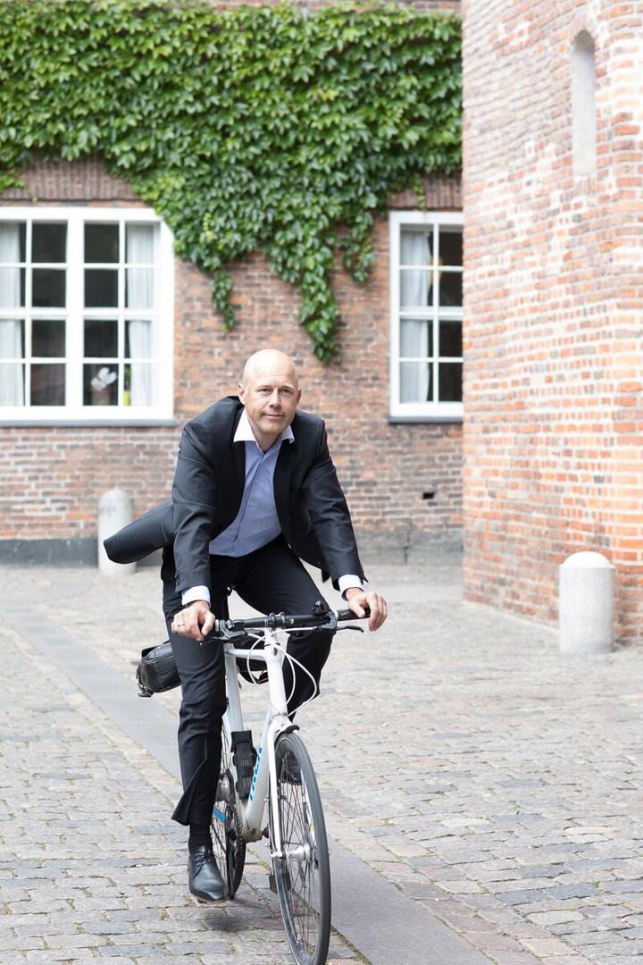 Fotograf Maiken Kestner - Brandingshoot Thomas på cykel