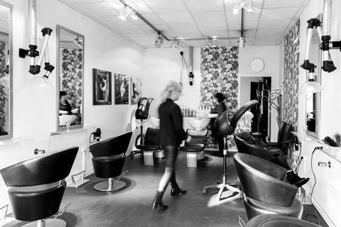 Brandingfotograf Maiken Kestner - stemnigsbillede frisørsalon