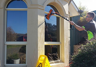 Adelaide Window Cleaning, Local Home Windows
