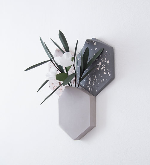 Pre-set hexagonal modular wall-mount vase with 2 terrazzo tiles