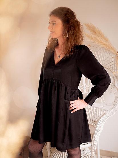 Robe noire irisée