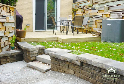 New retaining wall and steps in Kingston, ON
