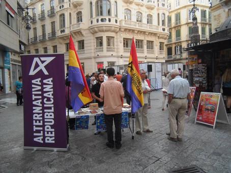 Málaga: Mesa informativa en la Plaza de Félix Saez