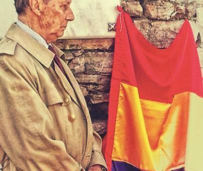 Ha fallecido Gonzalo Puente Ojea, referente laicista y republicano
