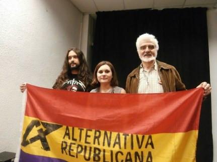 De izquierda a derecha: Ramiro Gil, Zoe Angulo y Alfonso Vázquez.