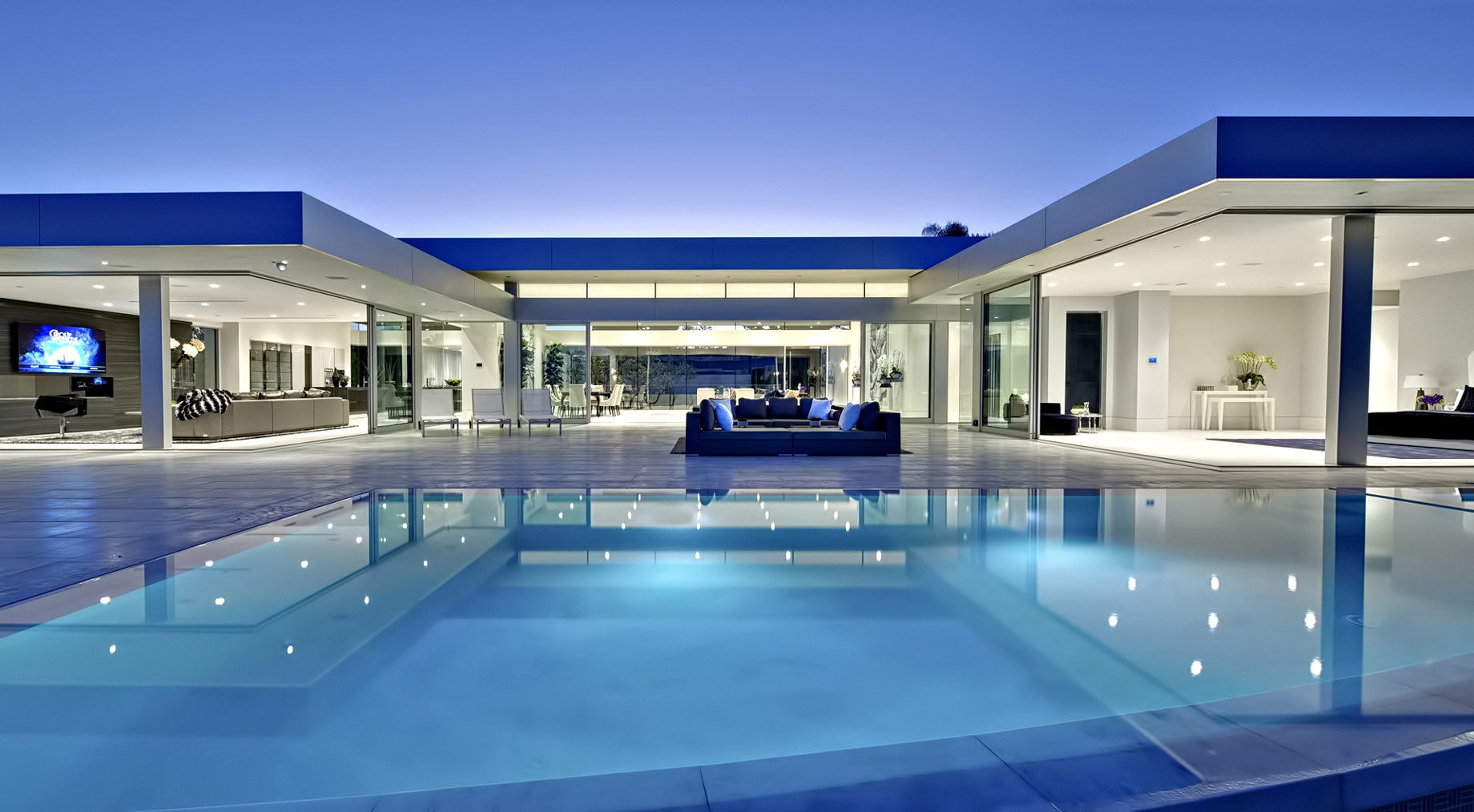 01-Trousdale-Estates-Luxury-Home-1620-Ca