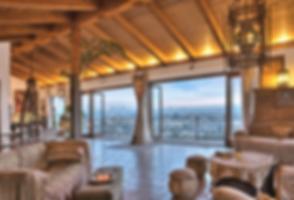 Luxury Villa in Los Angeles