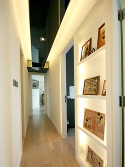 0490-white elegant book-corridor-home idea-breeze design studio 柔室內設計裝修.JPG