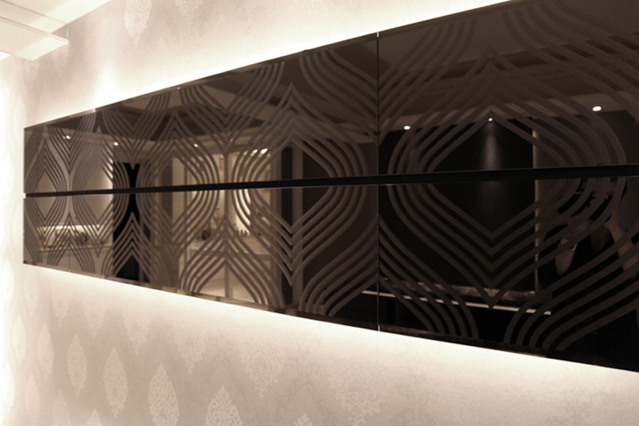 0190-mirror light feature wall-living-home idea-breeze design studio 柔室內設計裝修.JPG