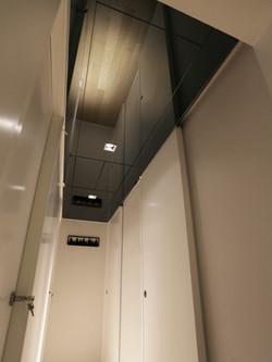 0621-gray mirror ceiling light-storage corridor-home idea-breeze design studio 柔