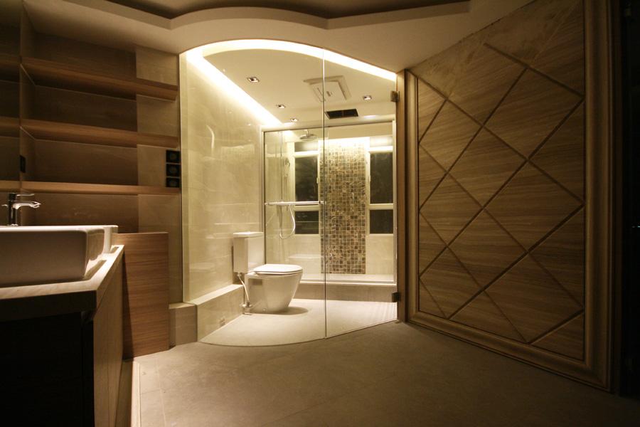 0120-glass clear-bathroom-home idea-breeze design studio 柔室內設計裝修.JPG