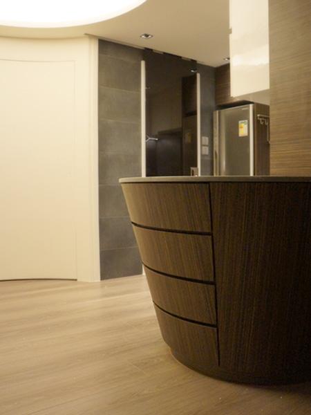 0630-curved bar table-open kitchen-home idea-breeze design studio 柔室內設計裝修.JPG