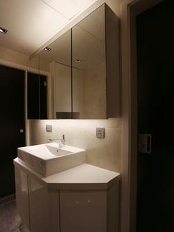 0161-mirror light-bathroom-home idea-breeze design studio 柔室內設計裝修.JPG