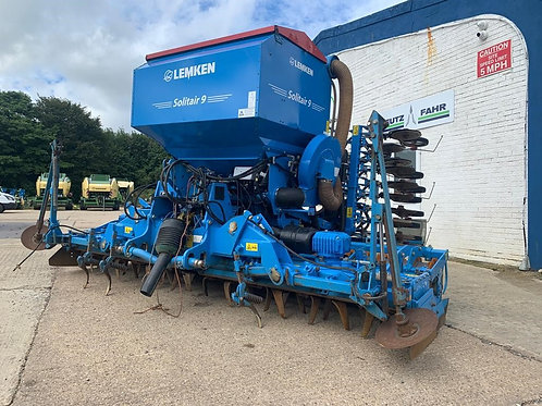 Zirkon 12/400K & Solitair 9/400 K-DS 150 Mounted Seed Drill