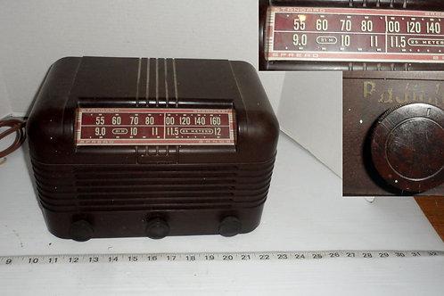 1950s Radiola AM Tube Radio Model 61 5