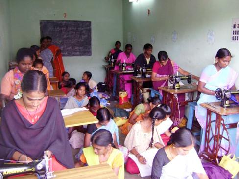 tailoring_institute_20110214_13336108326