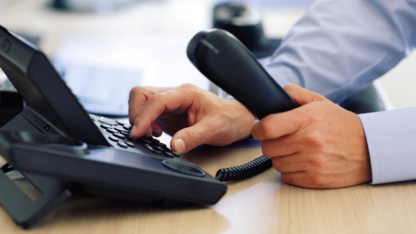 486085-the-best-business-voip-services.j