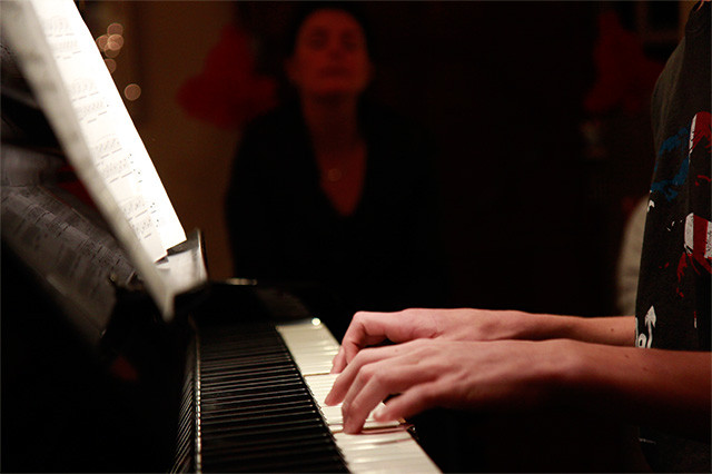 pianoles1.jpg