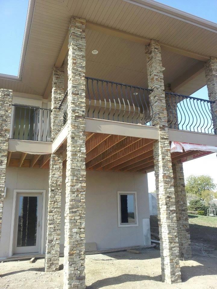 steel_railing_exterior_deck