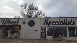 wheel_specialists_custom_sign