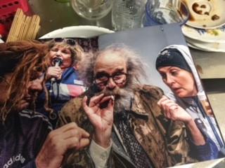 Kuva: Ryhmäteatterin käsiohjelman kuvan kuvannut Mitro Härkönen.