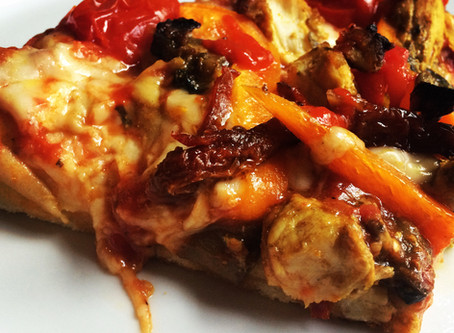 Chicken Turmeric Pizza
