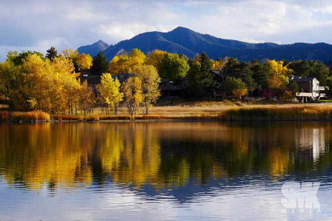 Wonderland Lake Fall Mirror Image