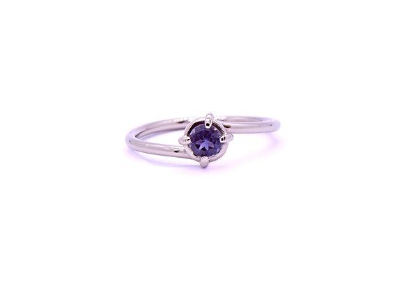 White Gold & Iolite Ring