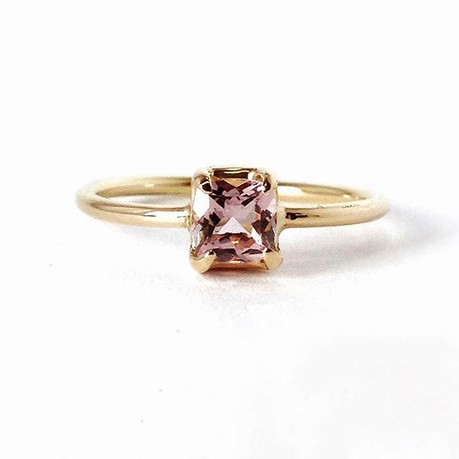 Pink Morganite & 18k Rose Gold Engagement Ring
