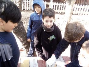 Alumnos visitan huerto Municipal y reciben capacitación.