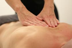 Massage-Deep-Tissue-Massage-Back-3795691