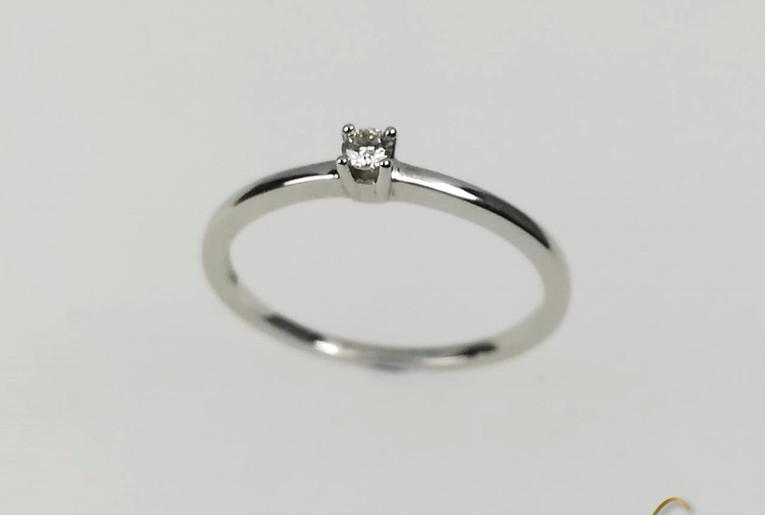 Solitario Oro Blanco 18k Diamante Uñas.