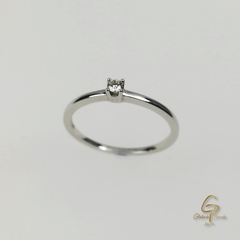 Solitario O.B 18k Diamante Uñas.