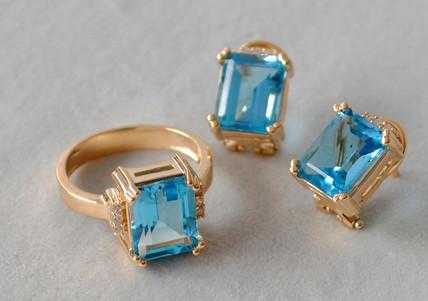 Set  Oro Amarillo 18k Topacio Azul Semicuadrado