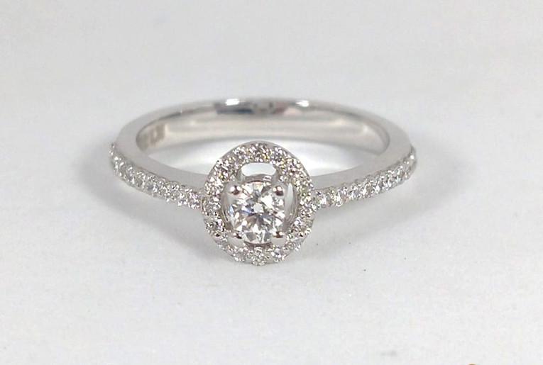 Anillo Oro Blanco 18k Adorno Central Diamantes