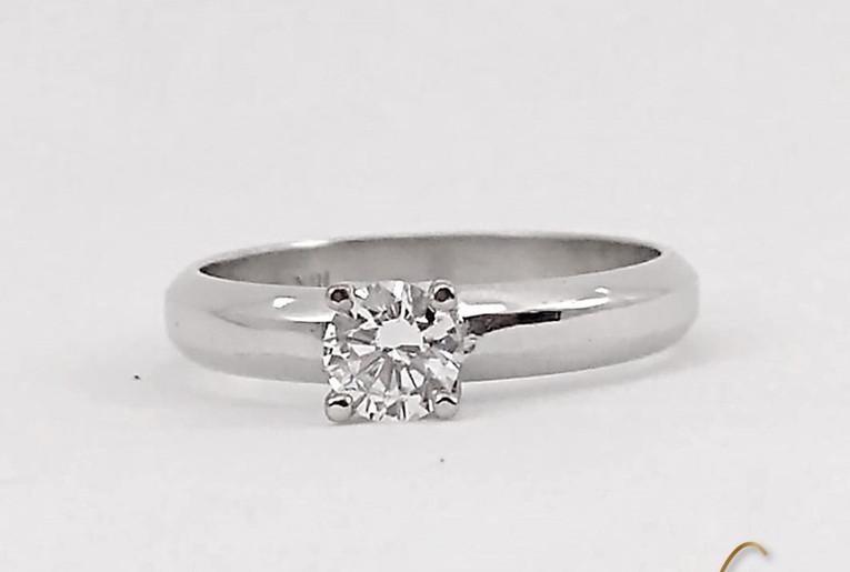 Solitario Oro Blanco 18k 4 Uñas Diamante.