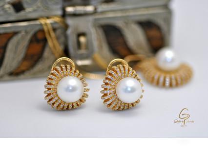 Set O.A 18k Perla Blanca Circones.