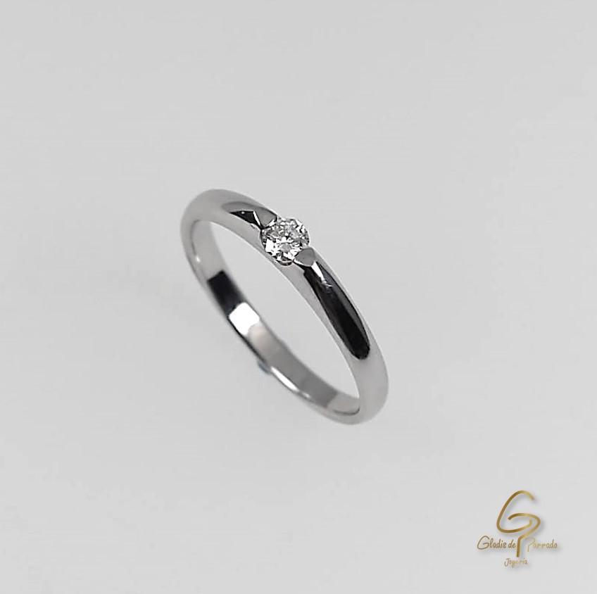 Anillo Solitario O.B 18k Argolla Delgada diamante.