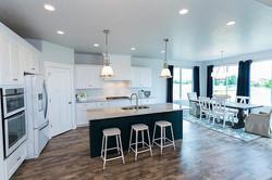 kitchendining_700
