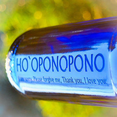 hooponopono-blue-bottle-love-solar-water