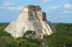 uxmal-mayan-ruins-yucatan-mexico