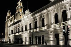 downtown-merida-night-citylights-yucatan