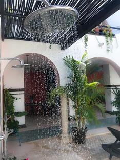 outdoor-showers-yucatan-mexico