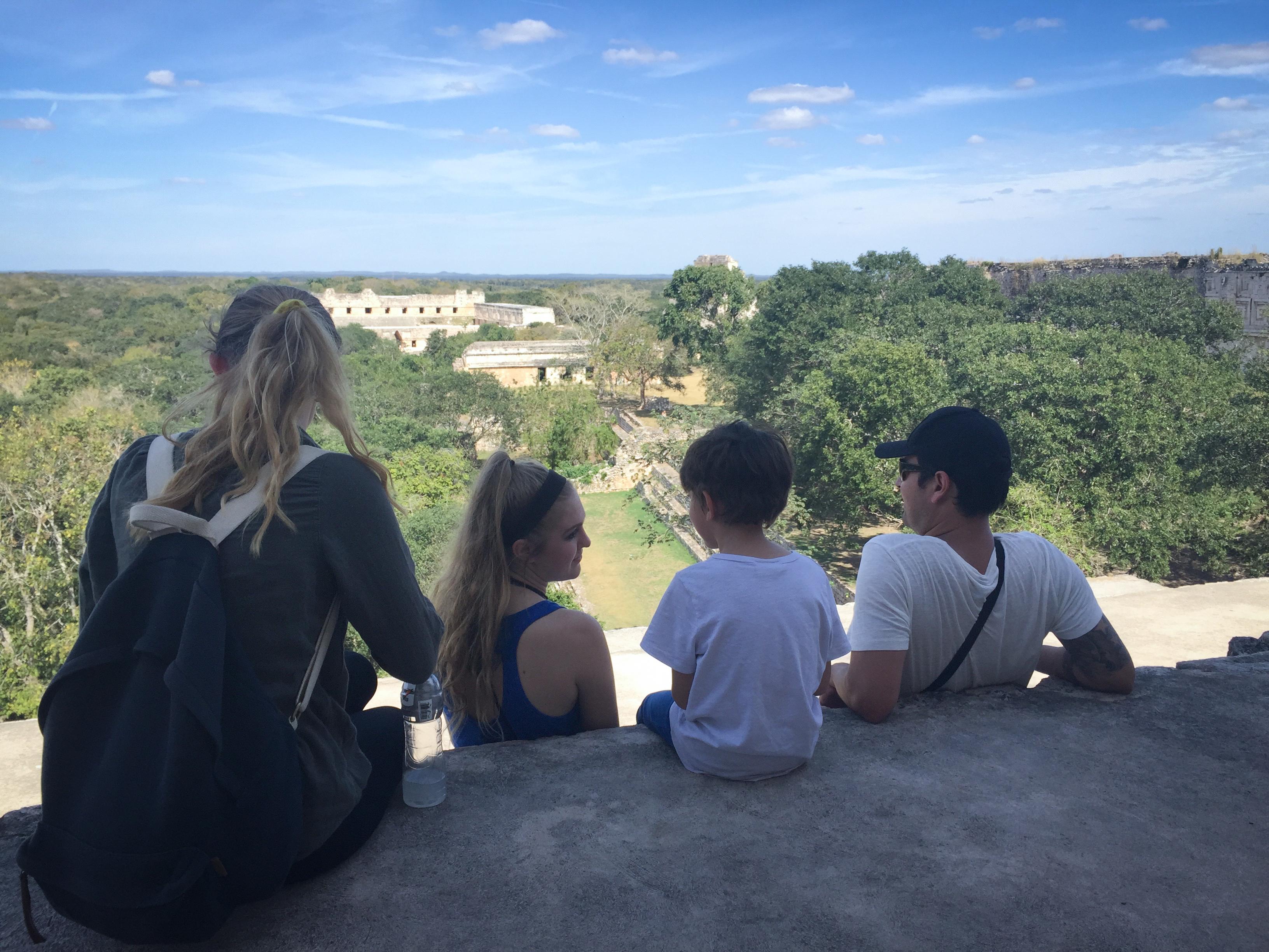 Uxmal-yucatan-travel-vacation