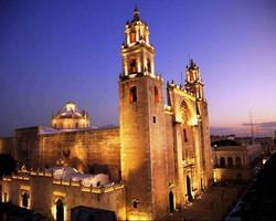 mexico-merida-cathedral-centro