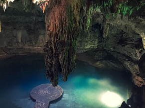A gorgeous Cenote in Vallodolid.jpeg
