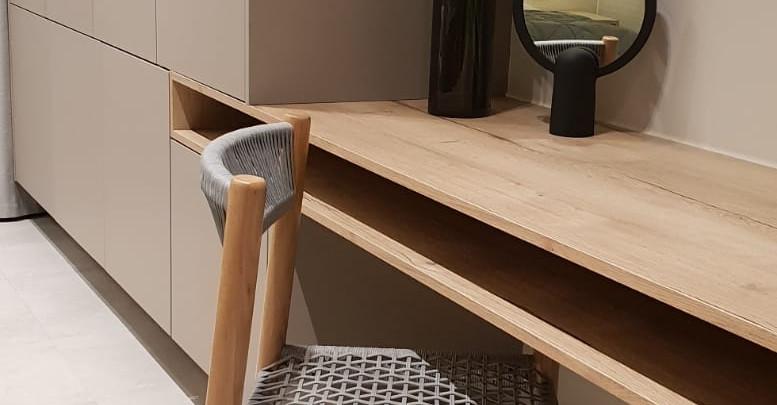 Wildernis Dressing Table