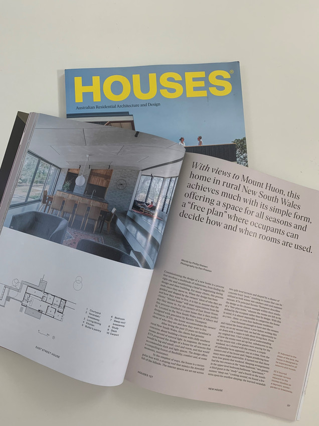 Houses Issue 137 - December 2020