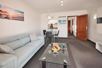 Relax-Sofa im Wohnzimmer