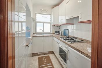 Voll ausgestattete Küche im Apartment